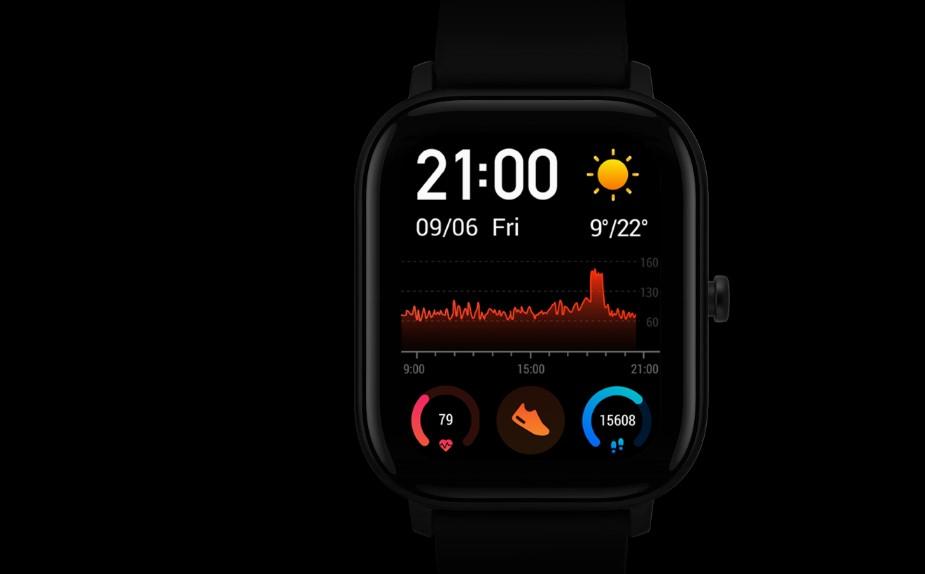 Stylový hranatý displej Xiaomi Amazfit GTS ukryje více informací než jiné chytré hodinky
