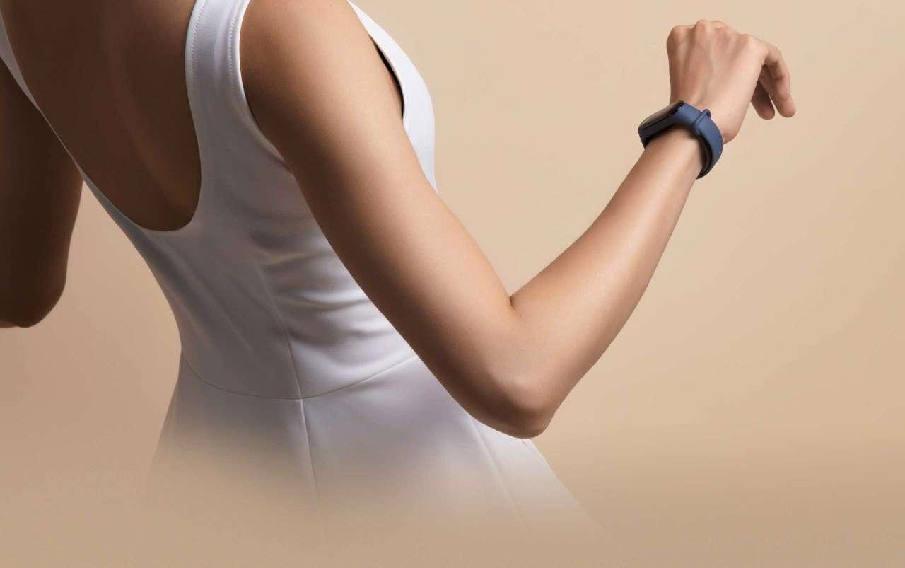 Nový design Xiaomi Mi Band 3 se hodí k jakékoliv příležitosti