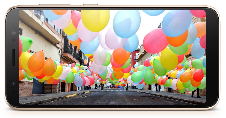 Obrovský displej ASUS Zenfone Live L1 přímo vybízí ke sledování nejnovějších videí na Youtube