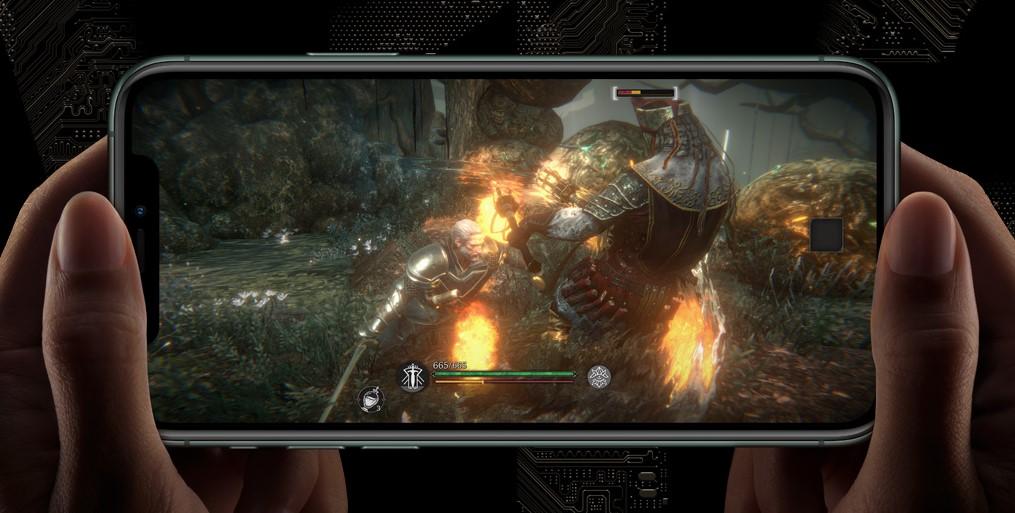 Nejnáročnější hry a aplikace si užijete na iPhone 11 Pro velmi dlouho, moderní čip Apple A13 Bionic patří mezi nejvýkonnější čipy současnosti.