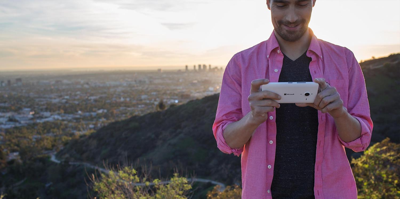 Špičkové kamery mobilního telefonu Microsoft Lumia 640 XL LTE.