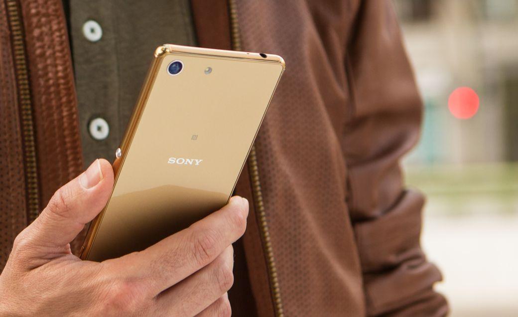 Kvalitní zpracovní Sony Xperia M5 je na místě, překrásný design byl vyvinutý japonskými mistry designu a stojí za to.