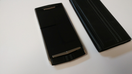 Vertu NEW Signature Touch Jet Calf
