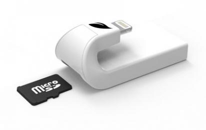 Čtečka MicroSD karet Leef iAccess (LIACMWK000E1) pro Apple iPhone bílá
